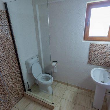 BlackSeaView - Camere - Camera Single Mansarda - baie / toaletă cu chiuvetă și wc