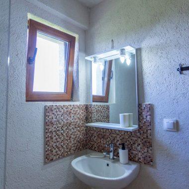 BlackSeaView - Camere - Camera Single Mansarda - baie / toaletă cu chiuvetă